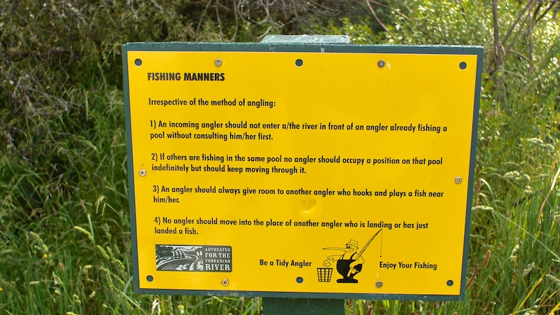 181126_tongariro_fishingrules.jpg